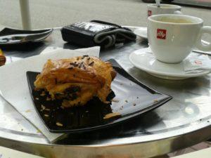 croissant-de-chocolate_hmmm